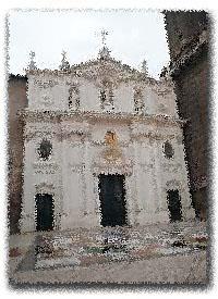 Catedral y niebla (Poetizando - 18)